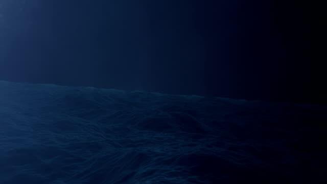 blitzsturm in der mitte des ozeans - rau stock-videos und b-roll-filmmaterial