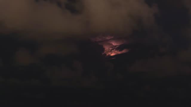 lightning storm - lightning стоковые видео и кадры b-roll