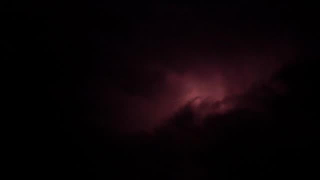 Lightning storm with rain clouds. - vídeo