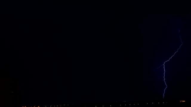 молния-time lapse - lightning стоковые видео и кадры b-roll