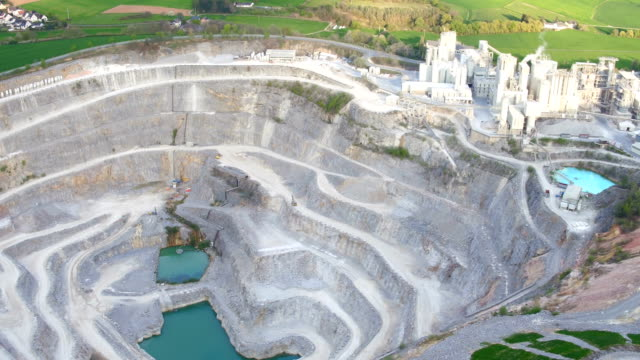 kalkstein quarry - aerial view soil germany stock-videos und b-roll-filmmaterial