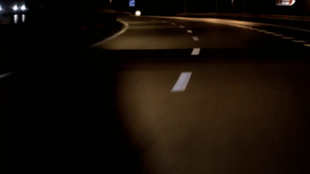 lines and lane markings on the road - strada tortuosa video stock e b–roll
