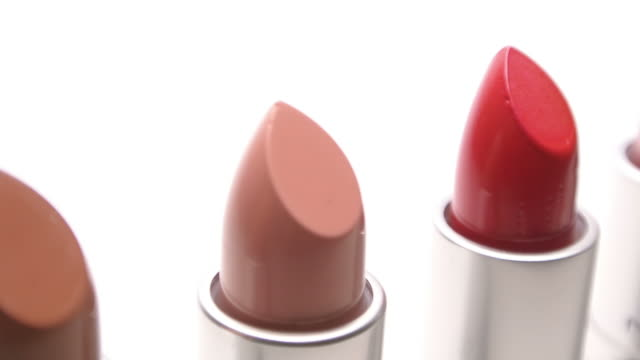 stockvideo's en b-roll-footage met lipsticks - cosmetica