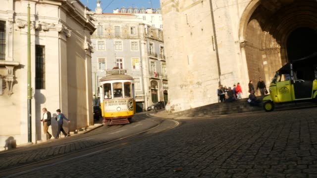 stockvideo's en b-roll-footage met stad in lissabon, portugal - portugal