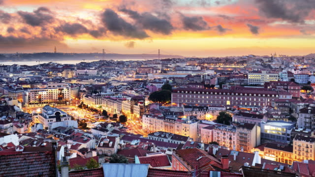 vídeos de stock e filmes b-roll de lisbon historic city at sunset, portugal, time lapse - lisboa