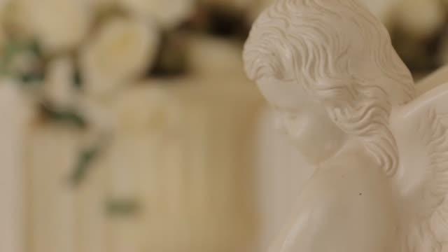 Little Angel Sculpture, close up video