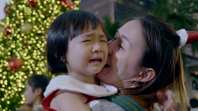 Little Girl Crying In Christmas Festival Asian Young Mother And Baby Girl Are Crying In Christmas Festival In Bangkok Thailand negative emotion stock videos & royalty-free footage