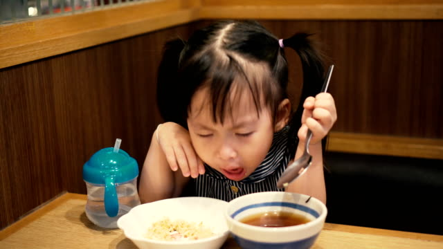 Little girl eating and vomit video