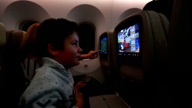 little passenger playing game video