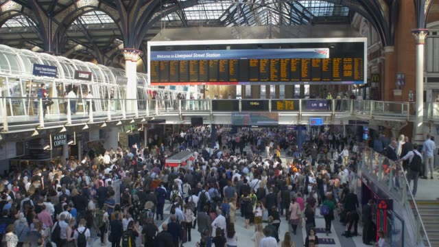 Liverpool Street Station Interior Busy with Commuters railroad station platform stock videos & royalty-free footage
