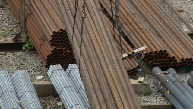 Loading pipe Stacker crane video