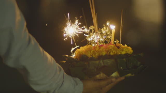 """Loi Krathong festival in Bangkok ,4k slo mo """"Loi Krathong"""" the festival of light  in Thailand CU shot 4k slo mo,Shot on RED dragon with IPP2 workflow lamp shade stock videos & royalty-free footage"""