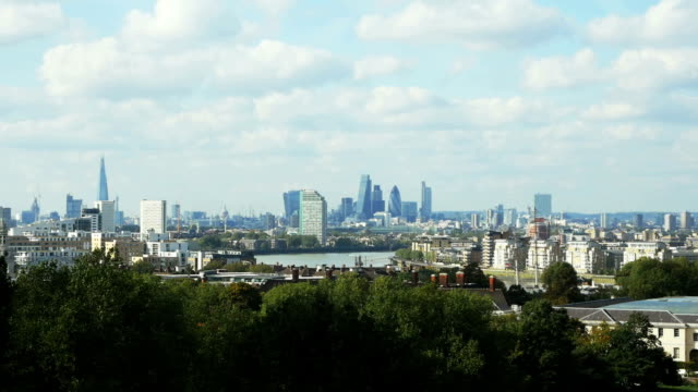 T/L London Skyline Viewed From Greenwich Park video