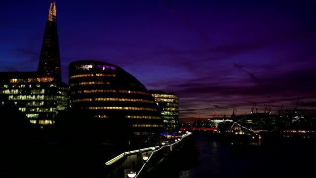 T/L London Southwark Riverside And The City At Night video