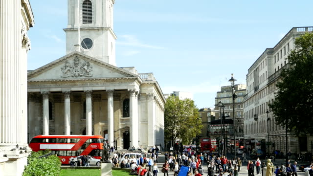 london st. martin-in-the-fields and strand road (4k/uhd to hd) - neoclassical architecture stock videos & royalty-free footage
