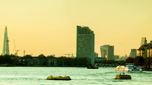 London Sunset, Thames, Shard, City video