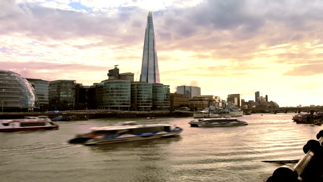 London, Thames river video