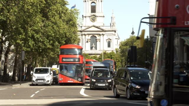 London The Strand Road nach Osten – Video