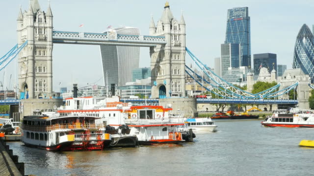 London Tower Bridge And The City Cinemagraph video