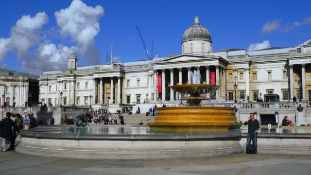 ロンドントラファルガー広場やナショナルギャラリー(uhd - 名所旧跡点の映像素材/bロール