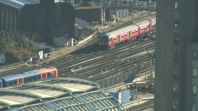 (hd1080i) london trains from above - {{searchview.contributor.websiteurl}} stock videos & royalty-free footage