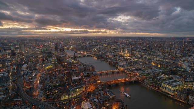 London Westminster skyline and river Thames at dusk, 4k Time-lapse