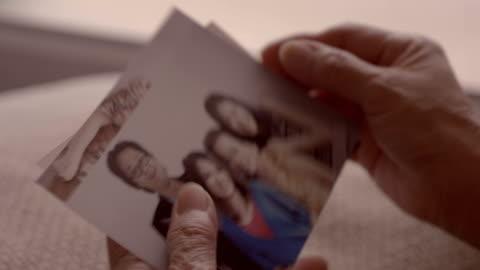 vídeos de stock e filmes b-roll de loneliness : memories - fotografia imagem