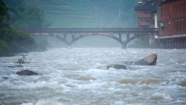 longji river bei tag - longji tetian stock-videos und b-roll-filmmaterial