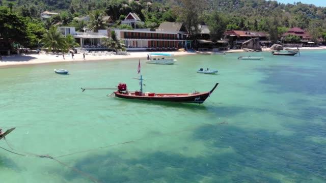 ロングテールボート。タイ - サムイ島点の映像素材/bロール