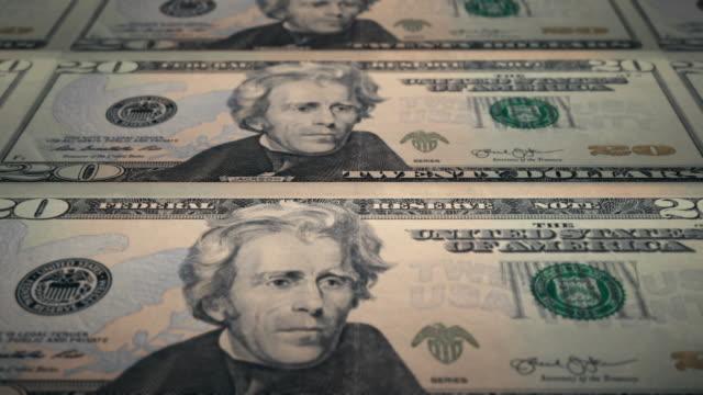 stockvideo's en b-roll-footage met loopable close-up van afdrukken $ 20 dollar bills, bureau of gravure en printing - bitcoin