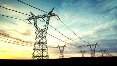 stockvideo's en b-roll-footage met loopable transformers or power lines background - communicatie