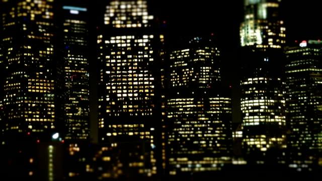 vídeos de stock, filmes e b-roll de los angeles edifícios de escritórios luzes - característica arquitetônica