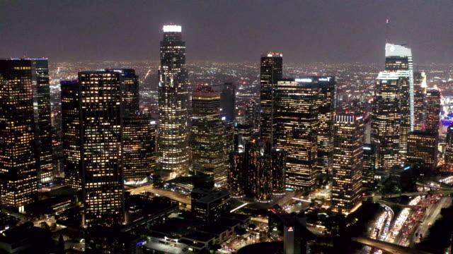 los angeles skyline aerial video - los angeles filmów i materiałów b-roll