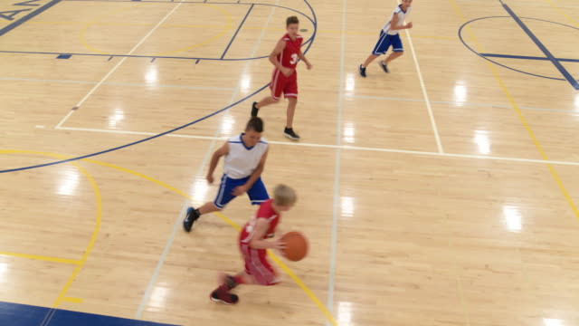 Lots of passing on coed middle school basketball team video