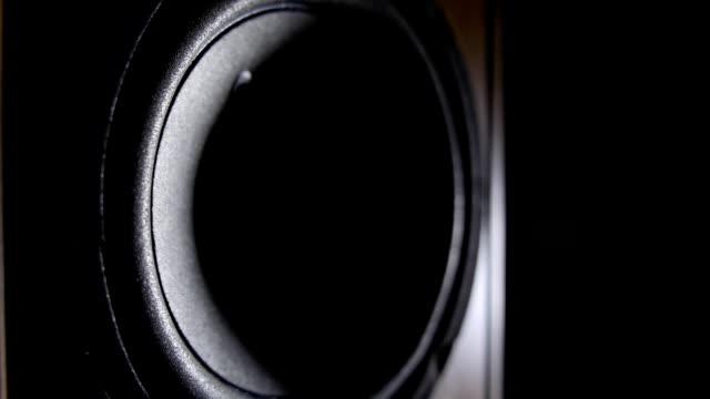 stockvideo's en b-roll-footage met loudspeaker driver - luidspreker