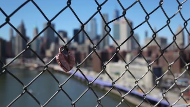ニューヨーク以上愛ロック - 鎖の輪点の映像素材/bロール