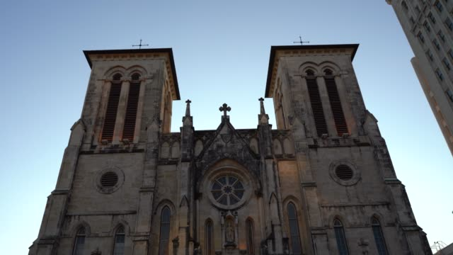 low angle view of san fernando cathedral at dusk close up - san antonio texas stock videos & royalty-free footage