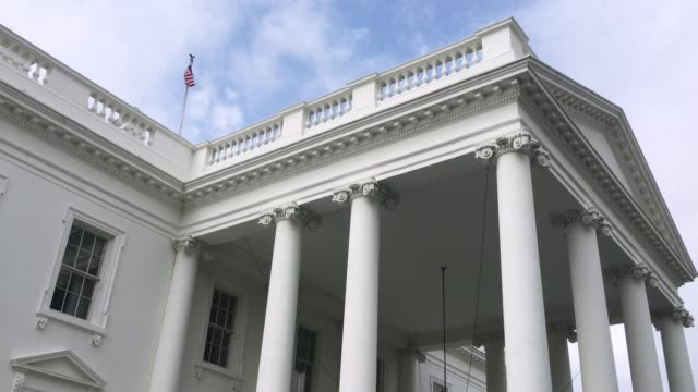 low angle view of white house north portico entrance - white house стоковые видео и кадры b-roll