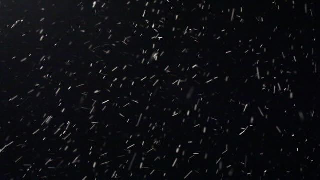 luma matte of real snow - snöstorm bildbanksvideor och videomaterial från bakom kulisserna