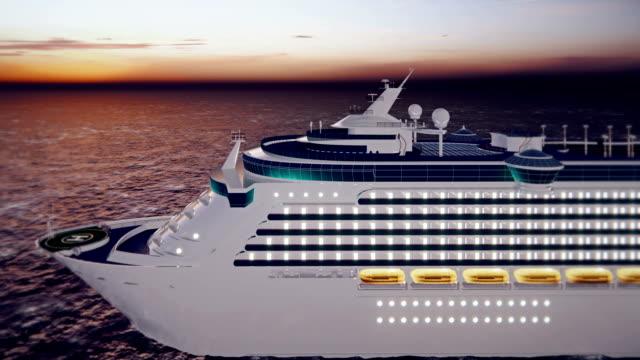 okyanus boyunca güneşin doğuşunda limandan yelken, lüks kruvaziyer gemisi. güzel yaz döngü arka plan. - okyanus gemisi stok videoları ve detay görüntü çekimi