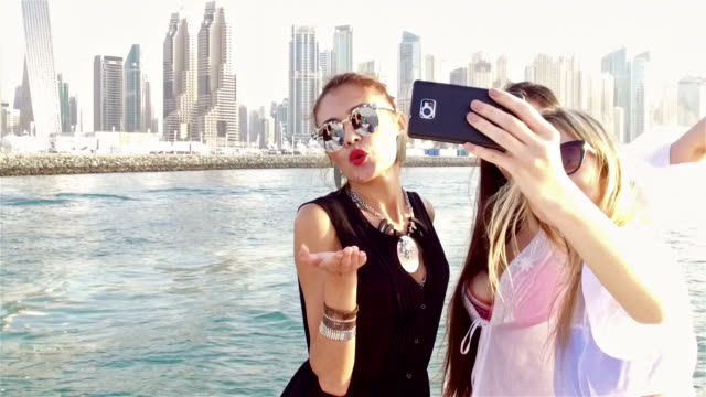 SLOW-MO: Luxury lifestyle Dubai video