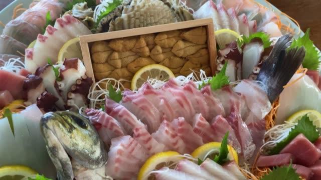 sashimi di lusso in giappone - antipasto video stock e b–roll
