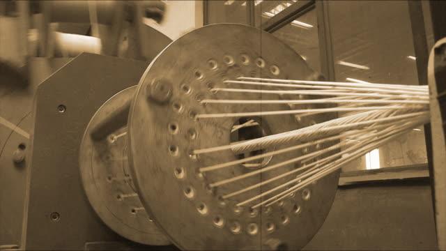 parte di macchina - cavo d'acciaio video stock e b–roll
