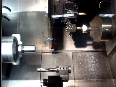 vídeos y material grabado en eventos de stock de máquinas de taller uno - aleación