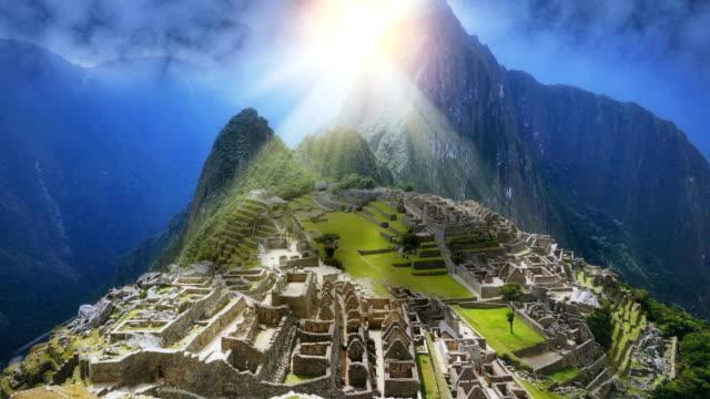 machu picchu with fictional sunset perspective - obiekt światowego dziedzictwa unesco filmów i materiałów b-roll