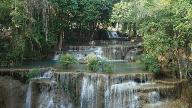 vidéos et rushes de maekhamin cascade - randonnée équestre