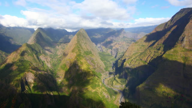 Mafate circus from Pointe Noire in Reunion island video