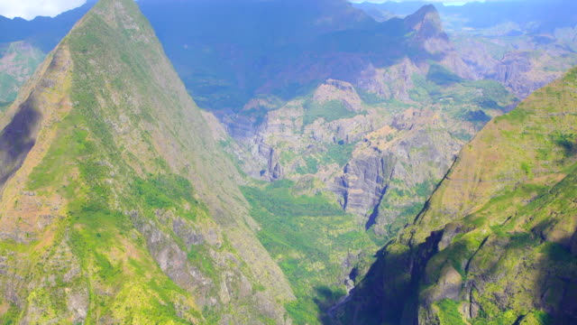 Mafate cirque from the mountain crest - Reunion Island video