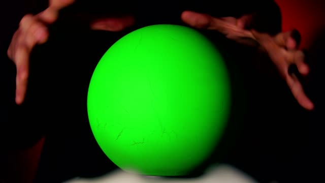 magic ball with green screen - halloween background filmów i materiałów b-roll