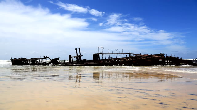 Maheno Shipwreck, Fraser Island, Australia video